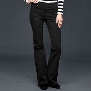 Woman's Black GAP Mid Rise Trouser